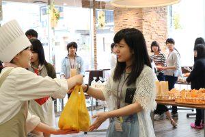Food販売実習_IMG_3435